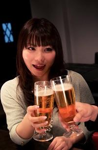 酒好き女子 写真