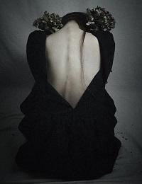 絶望する女性 写真
