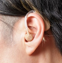 補聴器 写真