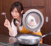 料理苦手女子 写真