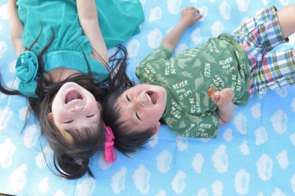 子どもたちの笑顔 写真