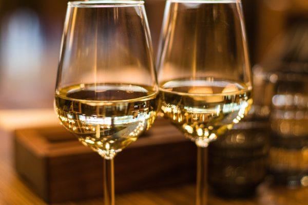 ワイングラス 写真