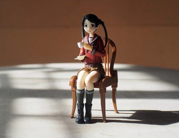 女の子フィギュア 写真