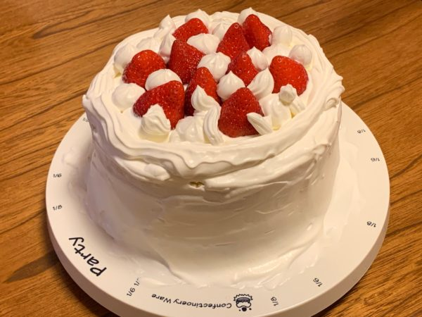 妹の誕生日に作ったバースデーケーキ 写真