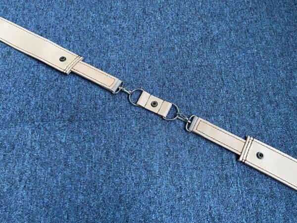 ショルダー型ベルト 変形途中 写真