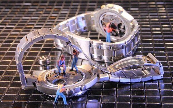 腕時計のオーバーホール 写真